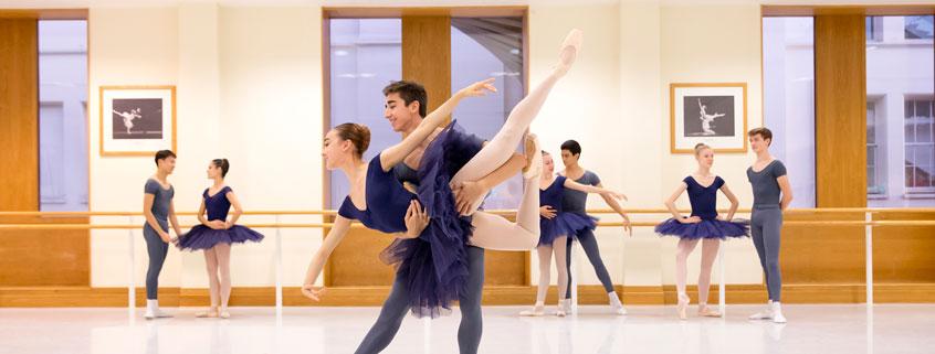 Students practicing in pas de deux class